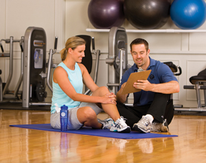 Trainer coaching client